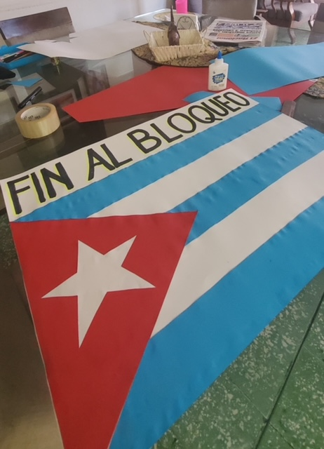 SOLIDARITY WITH CUBA! DOWN WITH THE BLOCKADE! From our sisters and brothers in the Dominican Republic